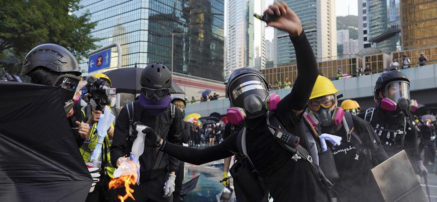 Hong Kong'da çatışmalara rağmen göstericilerin direnişi devam ediyor