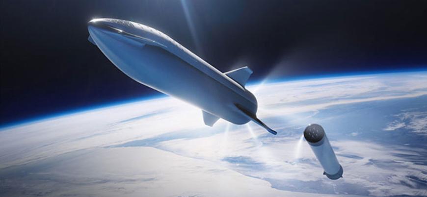 Elon Musk uzaya insan taşıyacak yeni aracını tanıttı