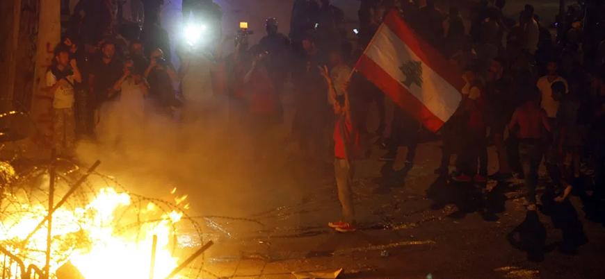 Lübnan'da ekonomik kriz: Halk sokağa indi