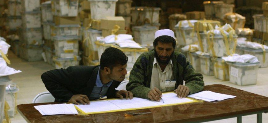 Afganistan'da seçim: Her aday kendisinin kazandığını iddia ediyor