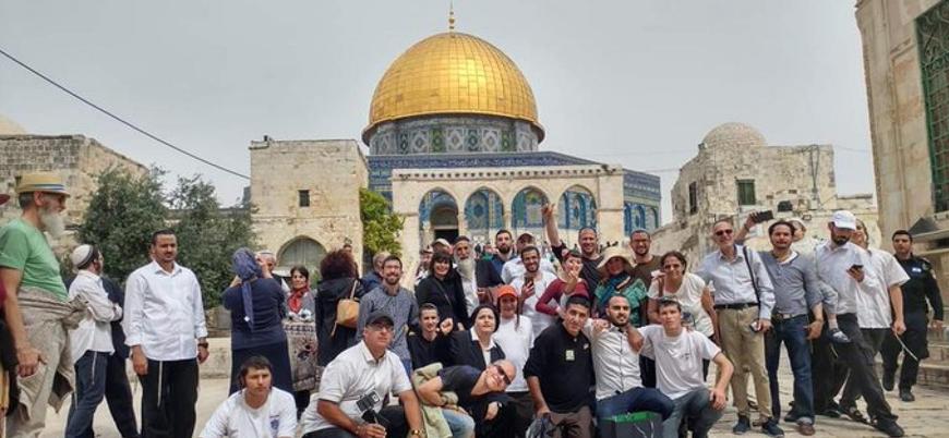 Yüzlerce Yahudi yerleşimci Mescid-i Aksa'ya baskın düzenledi