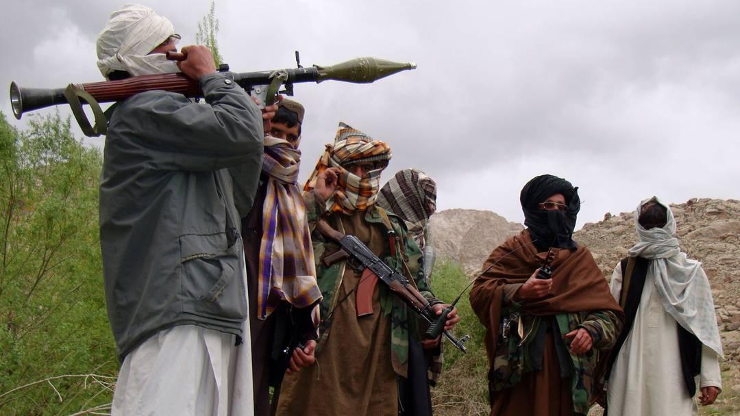 Taliban Belucistan sınırında: El Kaide varlığıyla bilinen bölge