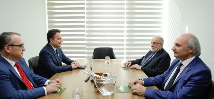 Karamollaoğlu Babacan ile görüştü