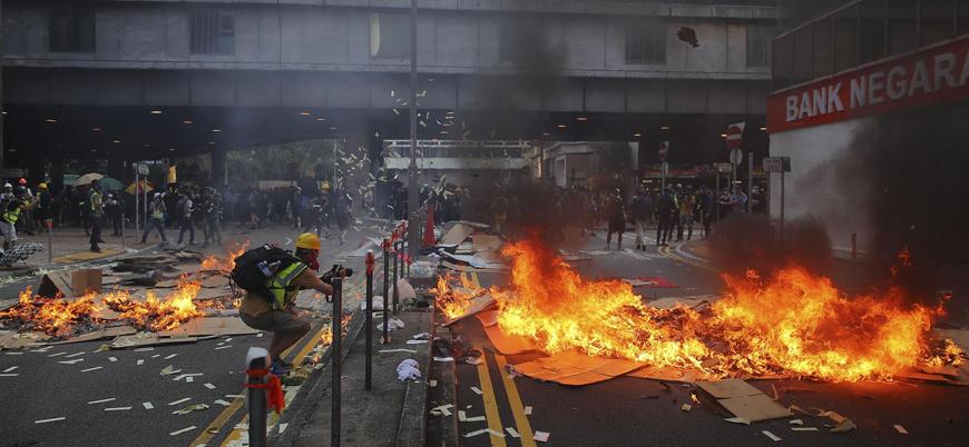 Hong Kong'da protestolara karşı sömürge dönemi acil durum yasası devrede