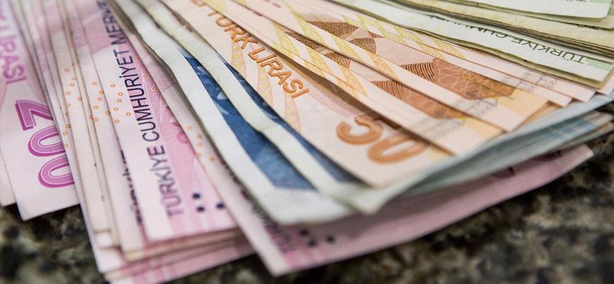 Türkiye ekonomisi 2.6 milyar dolar cari fazla verdi
