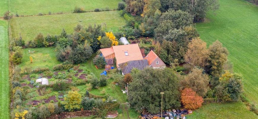 Hollanda'da bir evin bodrumunda 'kıyameti bekleyen' bir aile bulundu