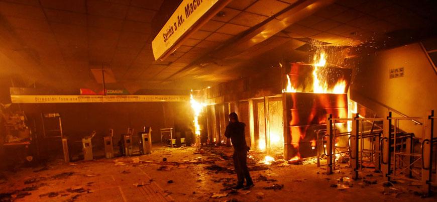 Şili'nin başkentinde protestolar nedeniyle olağanüstü hal ilan edildi
