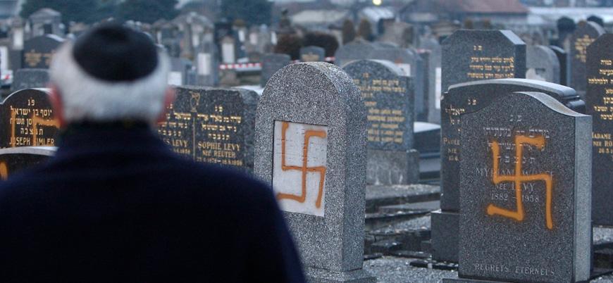 """""""Almanya'da her dört kişiden biri Yahudi karşıtı"""""""