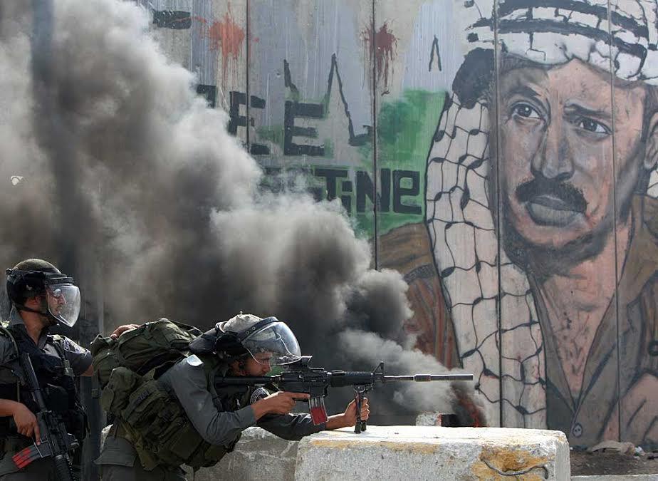 İsrail askerleri ile Filistinliler arasında çatışma
