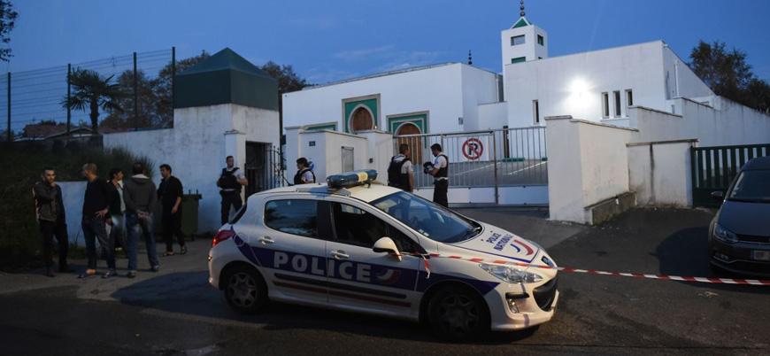 Fransa'da bir camiye silahla saldıran 84 yaşındaki zanlı tutuklandı