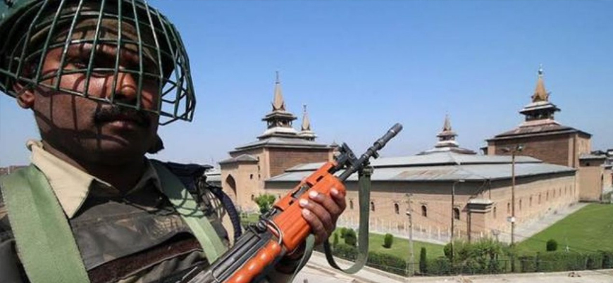 Hindistan Keşmir'in en büyük camisinde 13 haftadır cuma namazına izin vermiyor