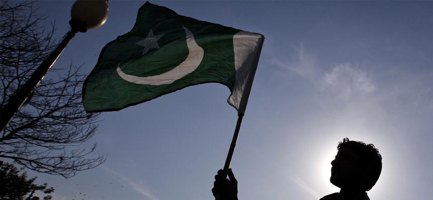 Pakistan'da protestolar: İmran Han'a istifa çağrısı