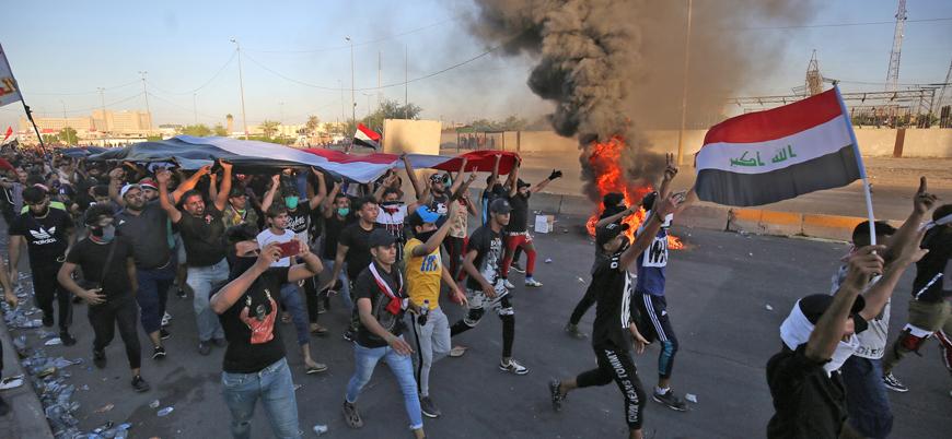 Irak'ta göstericilerle polis arasında çatışma devam ediyor