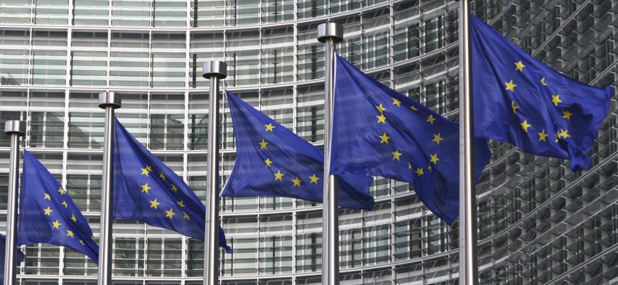 """""""Avrupa Birliği askeri yetkinliğini artırmalı"""""""