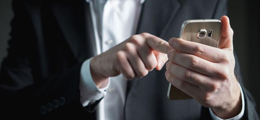 Nomofobi: Cep telefonundan uzak kalma korkusu