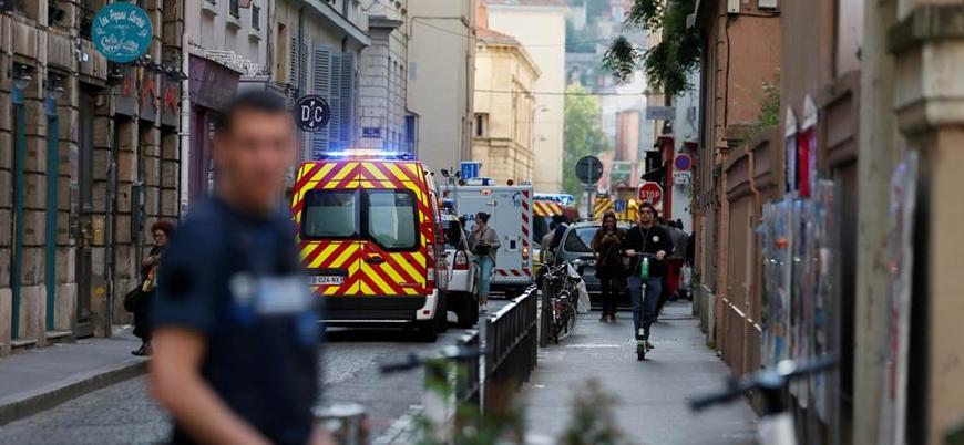 Fransa'da genç bir öğrenci kendini yaktı: Bizi bölmekten başka bir şey yapmayan faşizme ve liberalizme karşı savaşalım