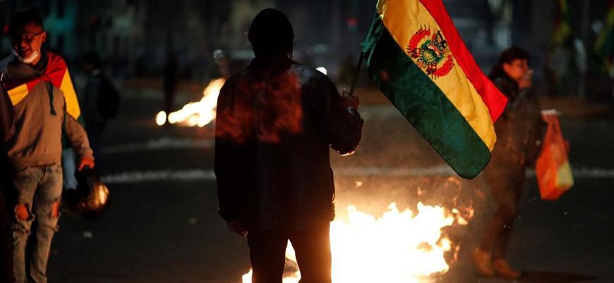 Bolivya'da göstericiler devlet televizyonu ve radyosunu ele geçirdi