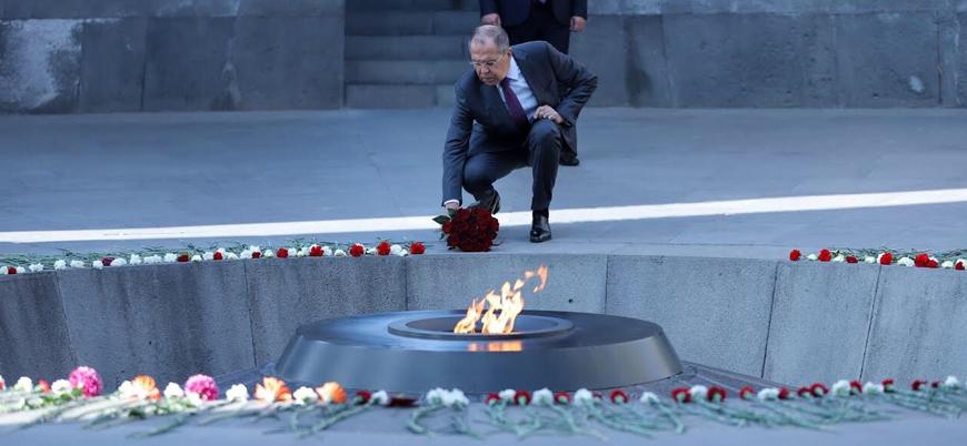 Rusya Dışişleri Bakanı Lavrov Ermenistan'da 'soykırım anıtını' ziyaret etti