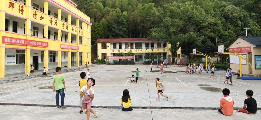 Çin'de kreşe kimyasal saldırı: 51 çocuk yaralandı