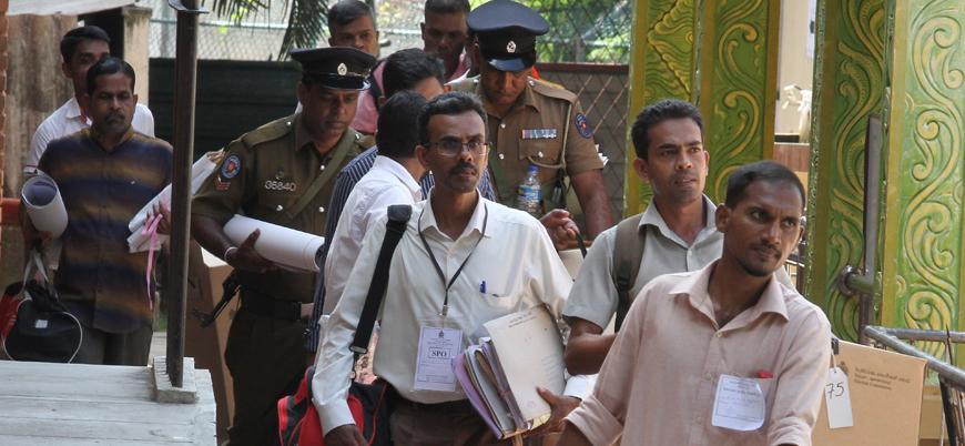 Sri Lanka'da Müslüman seçmenlerin konvoyuna saldırı