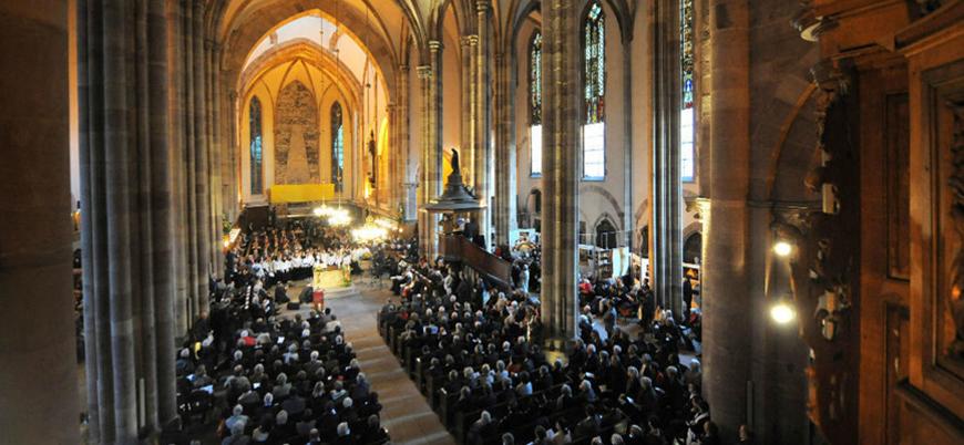 Fransa'da Protestan kilisesi eşcinsel evliliği tanıma kararı aldı: Artık kutsayacaklar