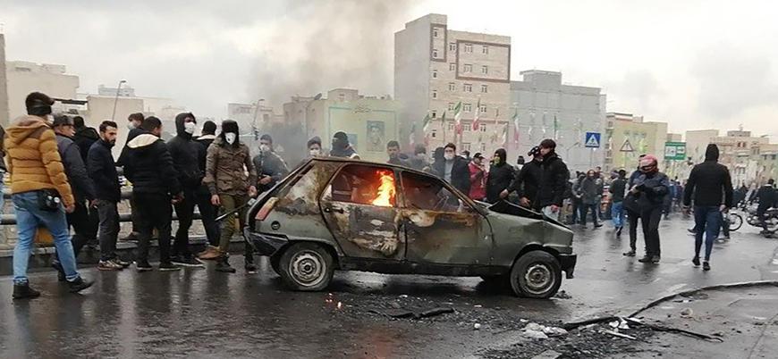 İran'da hükümet karşıtı gösterilerde 100'den fazla gösterici öldürüldü