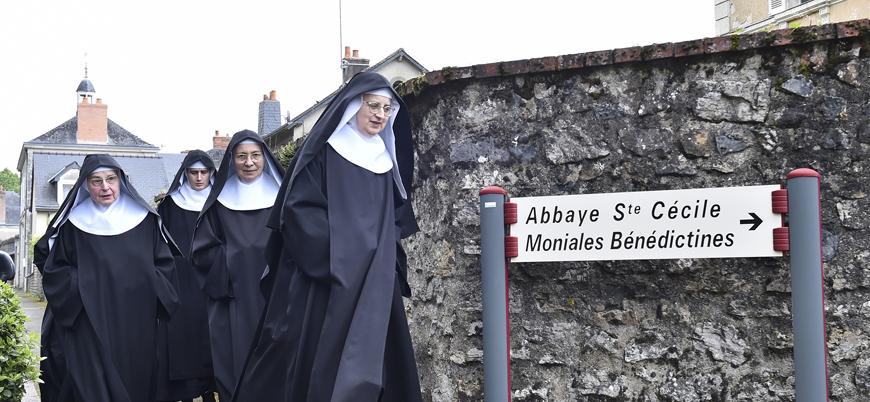 """Fransa'da İslam'a çifte standart: """"Ülkemiz laik olsa da Hristiyan kökenli"""""""