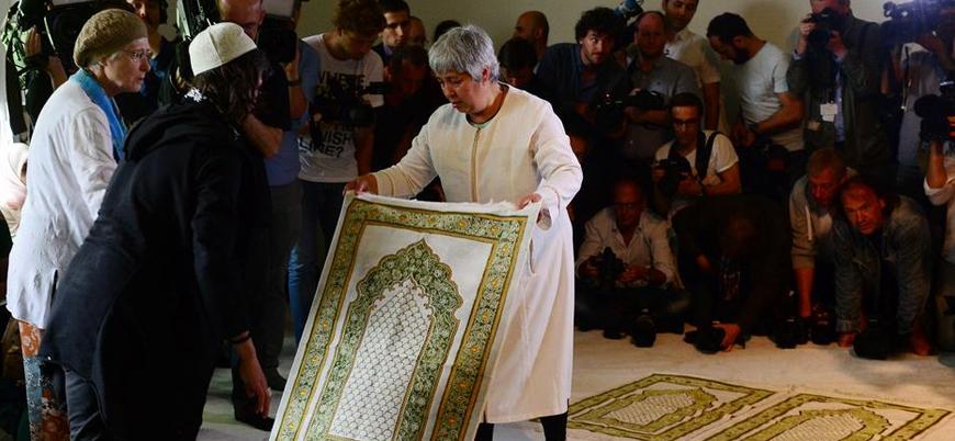 Almanya'dan kadın erkek karışık ibadet edilen 'liberal cami' kurucusu Seyran Ateş'e ödül