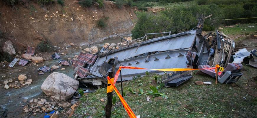Tunus'ta otobüs kazası: 22 ölü