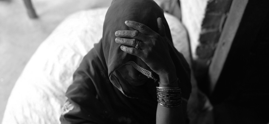 Hindistan'da tecavüz mağduru kadın mahkemeye giderken yakıldı