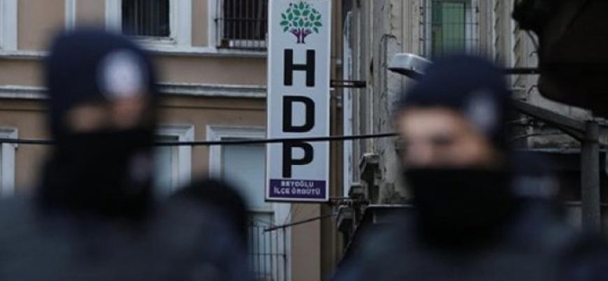 Van ve Batman'da HDP'li üç belediyeye kayyum atandı