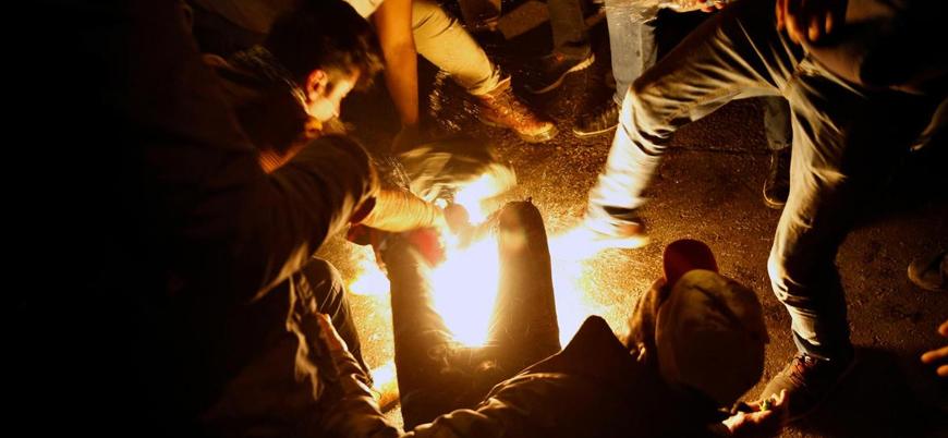 Lübnan'daki protestolarda bir eylemci kendini ateşe verdi