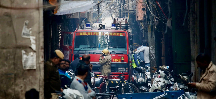 Hindistan'da fabrika yangını: En az 43 ölü