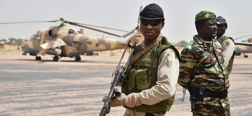 Nijer'de askeri üsse saldırı: En az 70 asker öldü