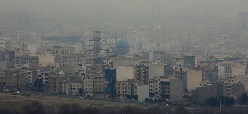 Dünyanın en kirli havasına sahip kentlerden biri olan Tahran'da eğitime ara verildi