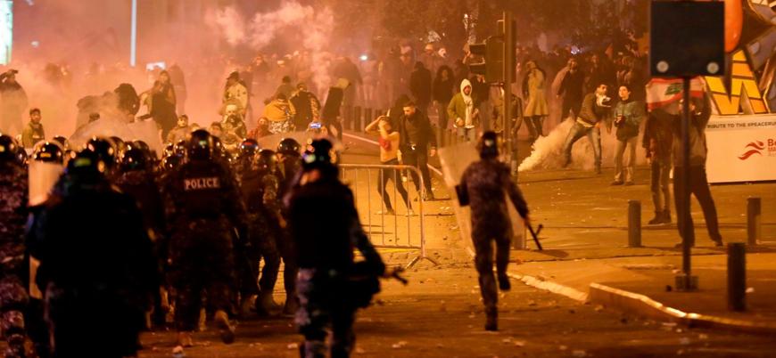 Lübnan'da göstericilerle polis arasında çatışma