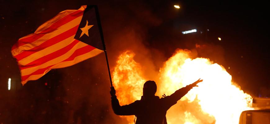 İspanya'da Katalanlar polisle çatıştı: 21 yaralı