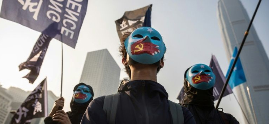 Hong Konglulardan Uygur Müslümanlara destek