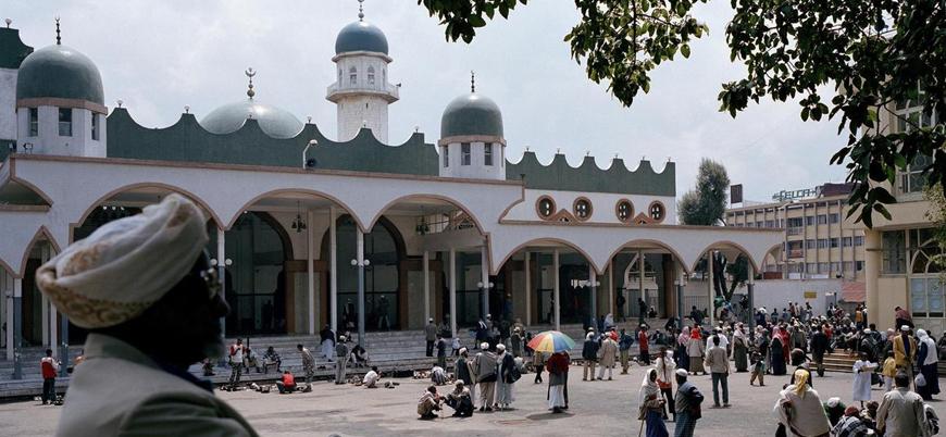 Etiyopya'da dört caminin ateşe verilmesinden sonra Müslümanlar sokağa indi
