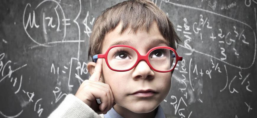 Araştırma: Çocuklar zekalarını annelerinden alıyor