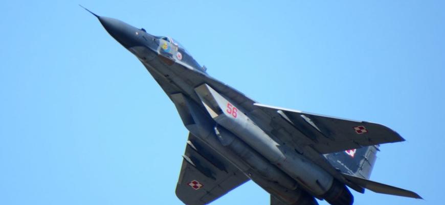 İran'a ait MiG-29 savaş uçağı düştü