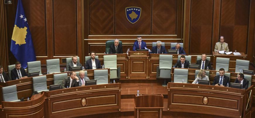 Kosova'da siyasi kriz: Yeniden seçime gidilebilir