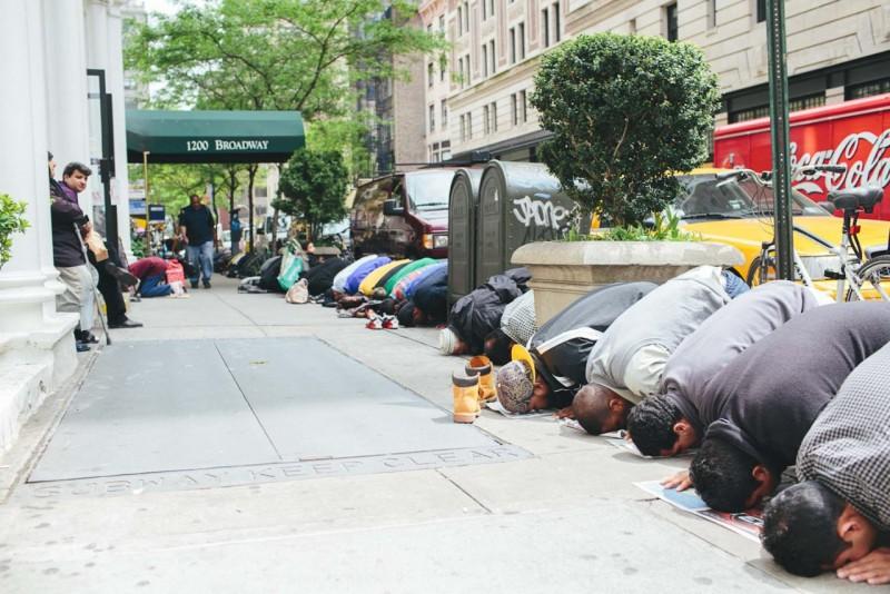 Müslümanlar ve İslam (3): Toplumlar birbirinin karakterini nasıl görüyor?