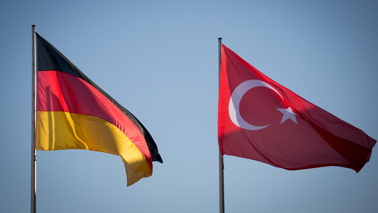 """""""Türkiye'nin Almanya'daki istihbarat faaliyetleri artış gösterdi"""""""