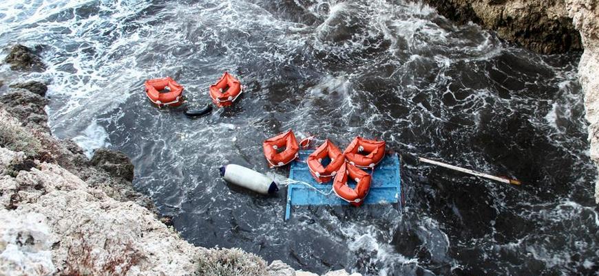 Yunanistan'da sığınmacı teknesi battı: En az 12 ölü