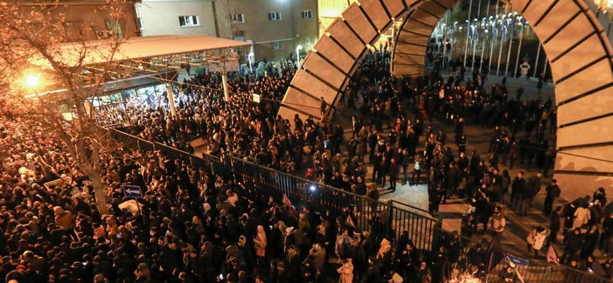 """İran'da halk yeniden sokaklarda: """"Katil Süleymani katil Hamaney"""""""