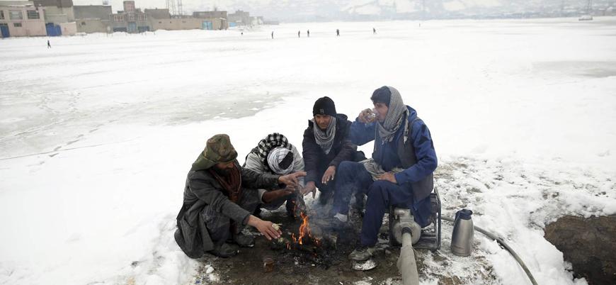 Pakistan'daki aralıksız kar yağışlarında ölü sayısı 95'e yükseldi
