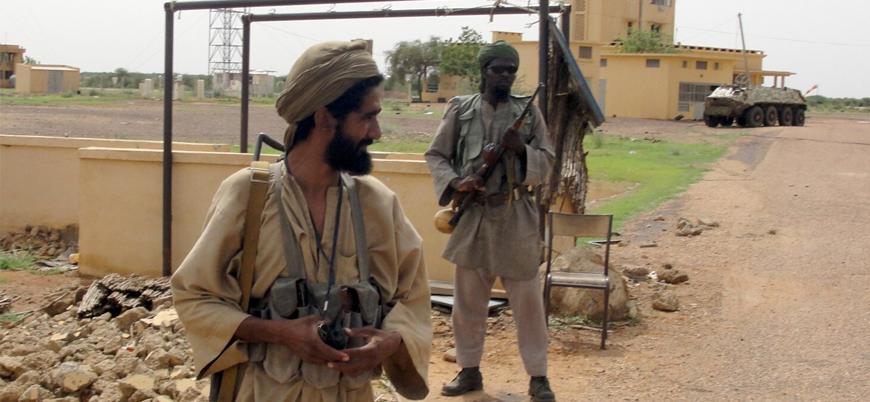 """El Kaide'den 'Afrika' açıklaması: """"Fransız-Amerikan projesine karşı savaşa devam"""""""