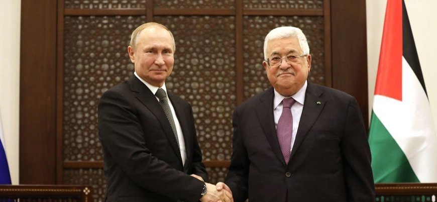 Putin Filistin Başbakanı Mahmud Abbas ile bir araya geldi