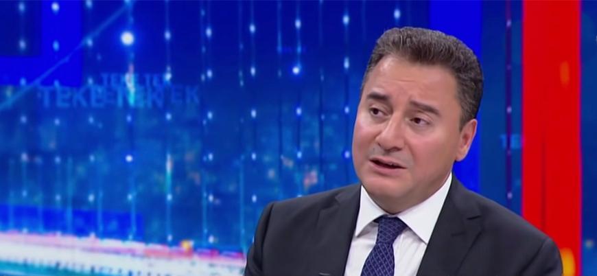 Ali Babacan yeni partiyi tekrar erteledi